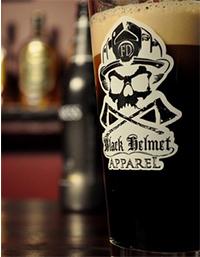 Black-Helmet-Apparel---Pint-Glass-S