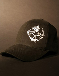 Black-Helmet-Apparel---Skull-Logo-Flexfit-Hat---Black-White-S